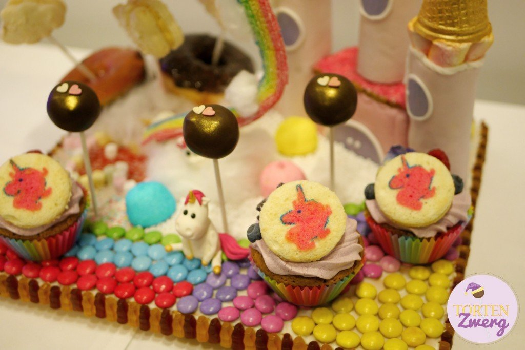 Tortenzwerg Sweet Table Einhorn
