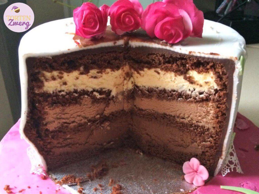 Schokomousse Torte Anschnitt