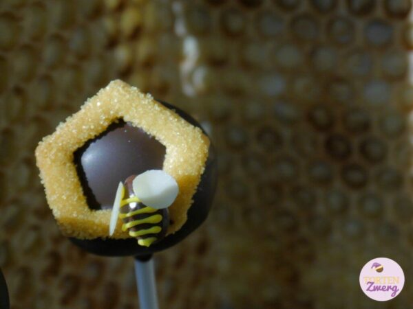 Cake Pop Biene